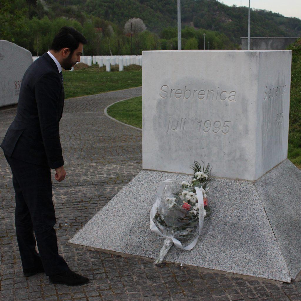 Arif Kerem Göğüş Srebrenitsa Soykırımı Anıtını Ziyaret Etti