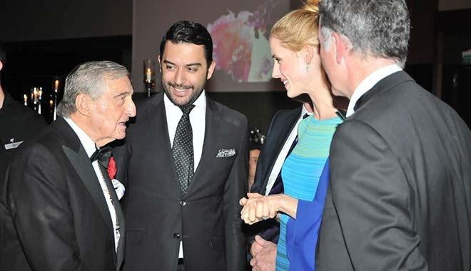 Arif Kerem Göğüş, İngiltere Büyükelçisi ve Eşinin Himayesinde Düzenlenen Sonbahar Balosuna Katıldı