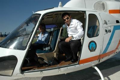 Arif Kerem Göğüş, Helikopter ile araştırma yapıyor